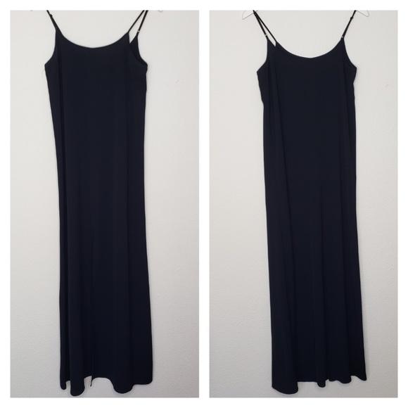 Leith Dresses & Skirts - Leith Black Front Slit Crepe Maxi Dress